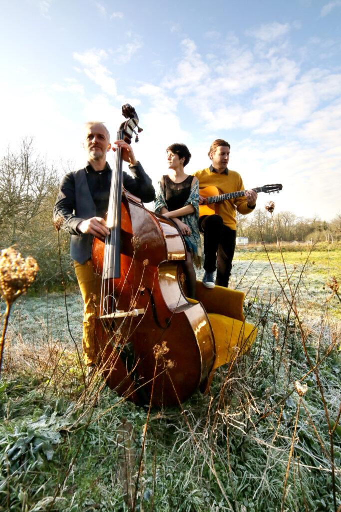 Petite Fleur Trio 6